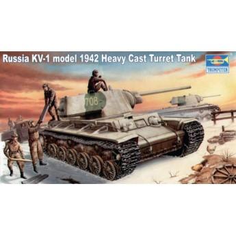 Модель танка КВ-1, модель 1942 г. с тяжелой башней (1:35)