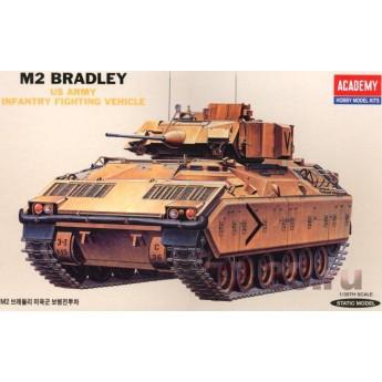 Academy 13237 Сборная модель БМП M2 Bradley (1:35)