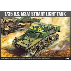 Модель танка U.S. M3A1 STUART (1:35)