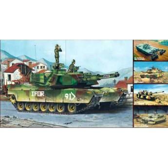 """Trumpeter 01535 Сборная модель танка М1А1/А2 """"Абрамс"""" (5 в 1) (1:35)"""