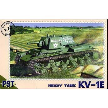 PST 72016 Сборная модель тяжелого танка КВ-1-Э (1:72)