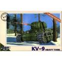 PST 72034 Сборная модель тяжелого танка КВ-9 (1:72)